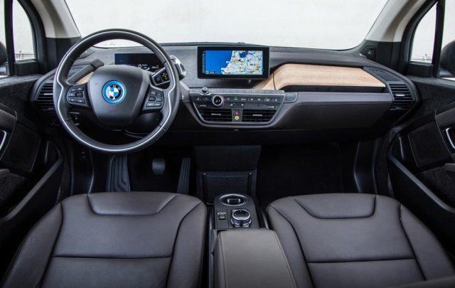 السياره BMW i3