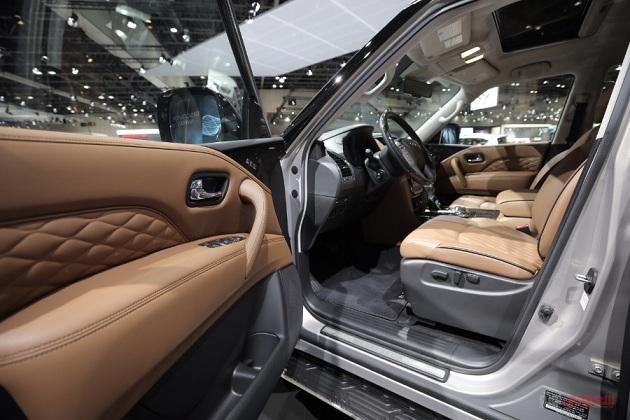 2018-Infiniti-QX80-Geeks Cars-8