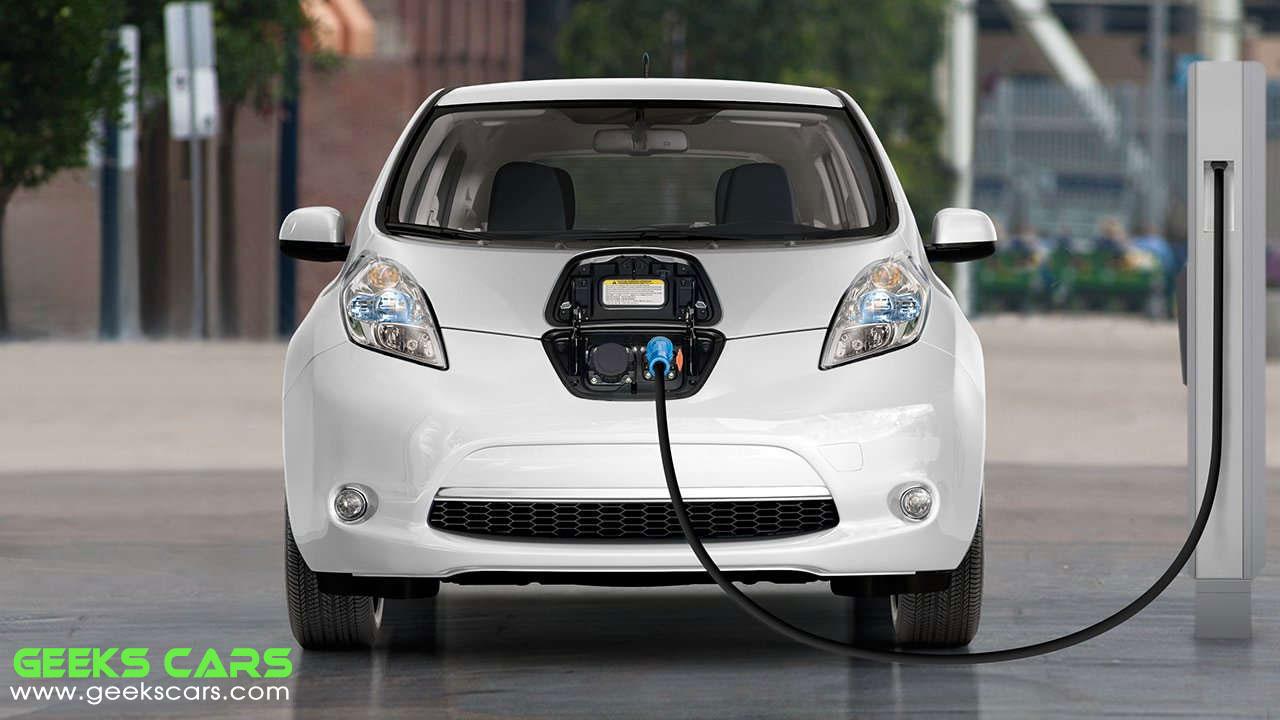 السيارات الكهربائيه المستعمله - نيسان ليف