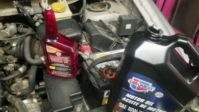 تنظيف محرك السيارة