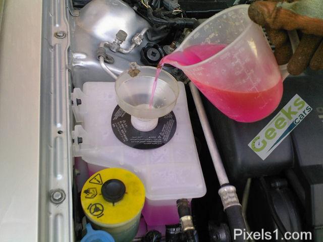 مياه الردياتير فى السيارة