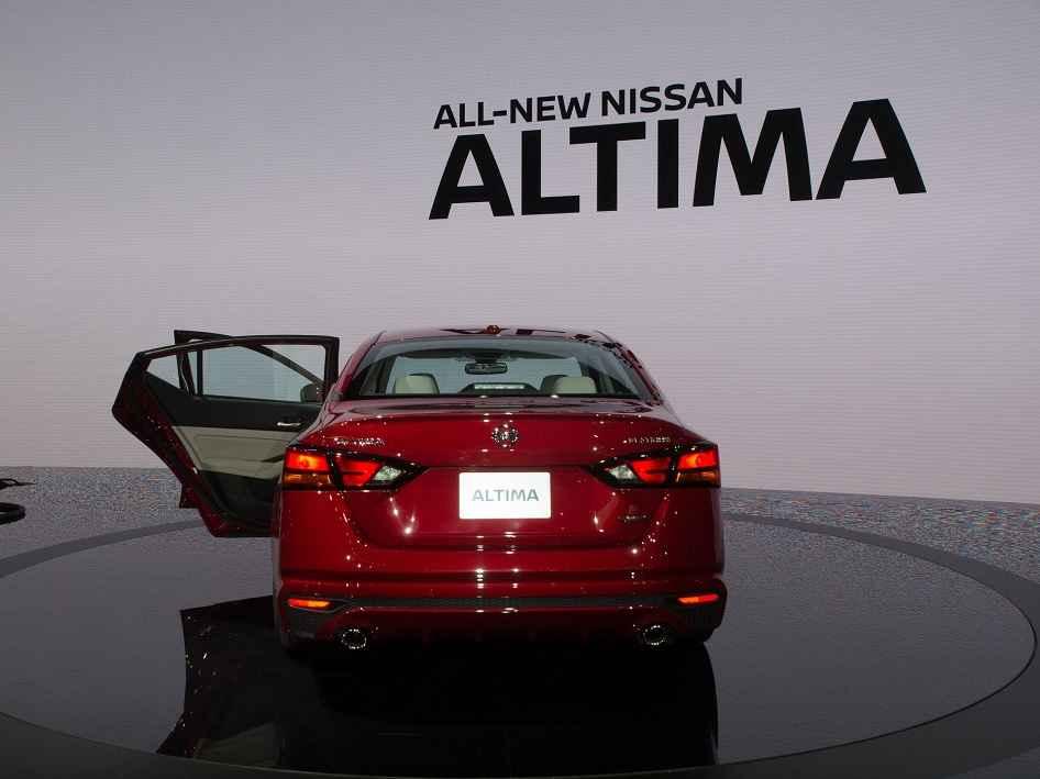 مواصفات واسعار نيسان التيما Nissan Altima 2019
