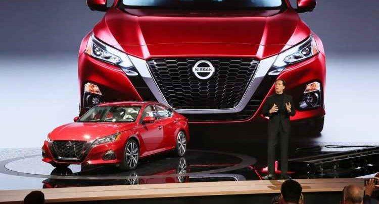المواصفات الكامله واسعار لنيسان التيما Nissan Altima 2019