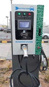 بعض محطات شحن السيارات الكهربائية فى مصر